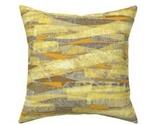 Yellow_pillow_crl_thumb