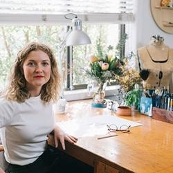 Hollie-kelley-studio-portrait_preview